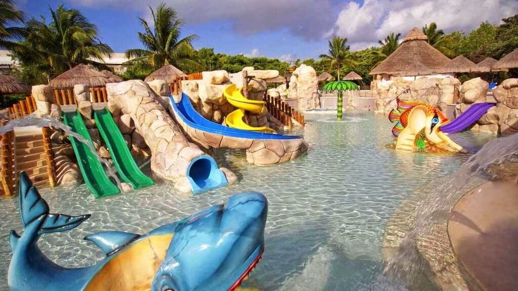 Parque acuático infantil de Sandos Caracol Riviera en Cancún