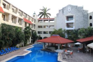 Hotel Margaritas en Cancún - piscina
