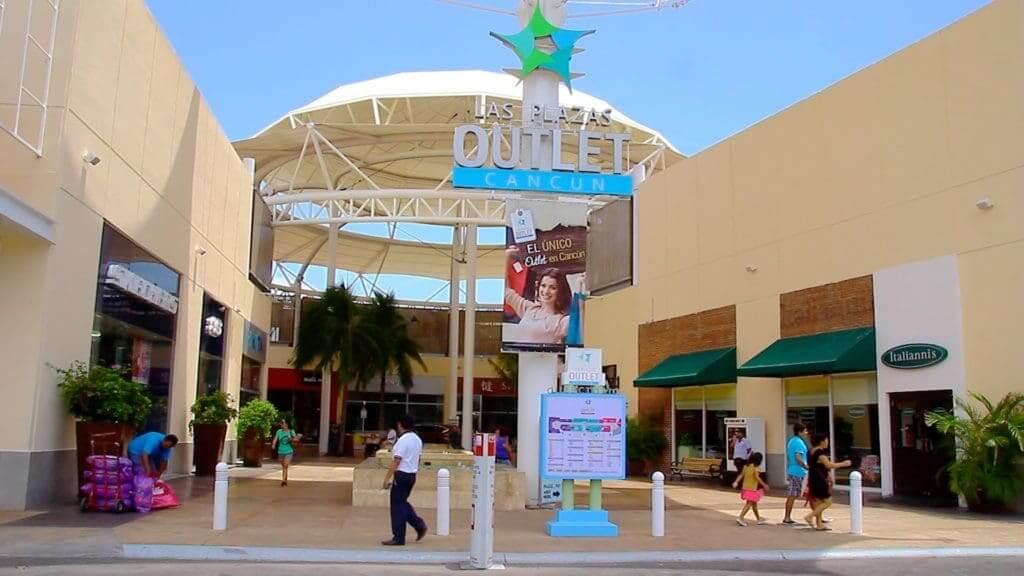 Las Plaza Outleten Cancún