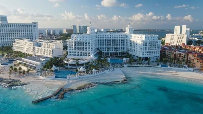 Dónde alojarse en Cancún: Mejores playas y regiones