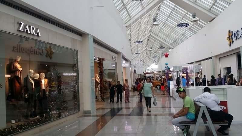 Shopping Plaza Las Americas para comprar calzado en Cancún