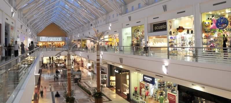 Shopping Plaza Las Americas para comprar ropa en Cancún