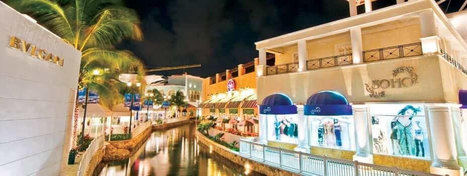 Shoppings para comprar gafas de sol en Cancún