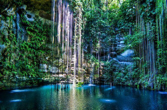 Cenotes en el verano en Cancún