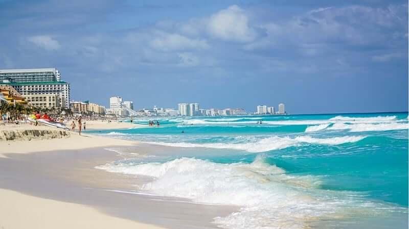 Playas en el verano en Cancún