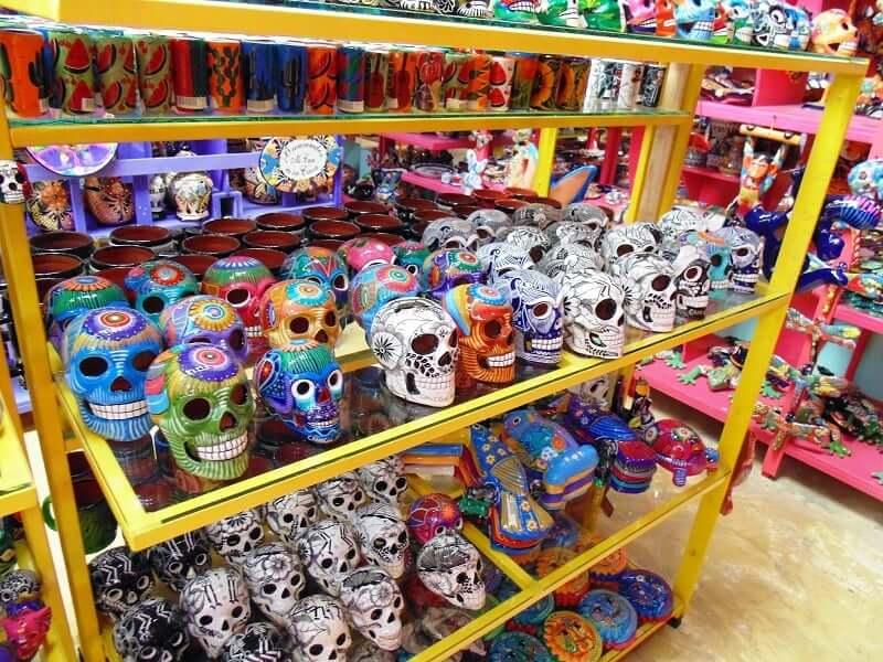 Compras en el Mercado 28 en Cancún