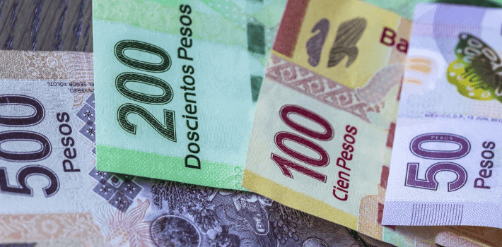Pesos mexicanos en Cancún