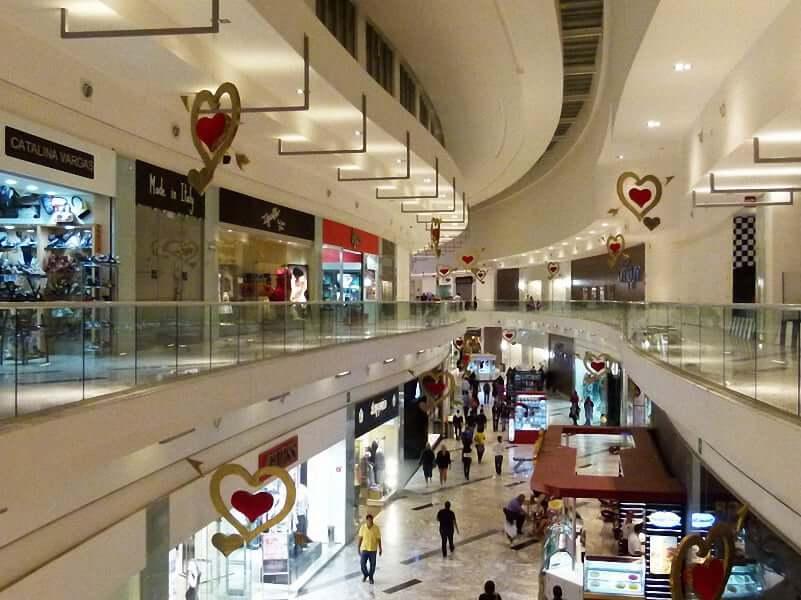 Compras en el Shopping Plaza Las Americas en Cancún