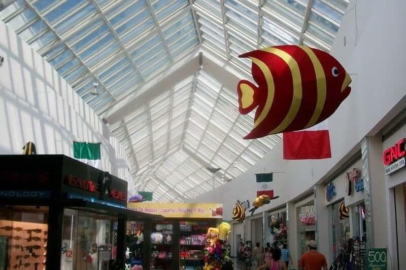 Tiendas en el Shopping Las Americas en Cancún