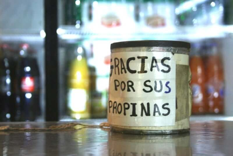 Propinas en Cancún: cuando y cuanto dar