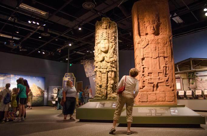 Paseo por el Museo Maya en Cancún