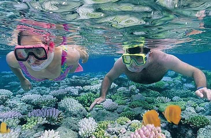Atracción Snorkel en el Parque Garrafón en Cancún