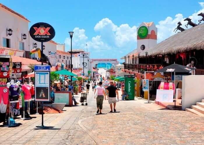 Avenida Tulum en Cancún