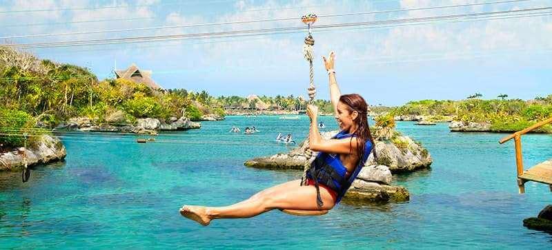 """Atracciones en el Parque Xel-Há en Cancún - """"Salpichanga"""" Tirolesas"""