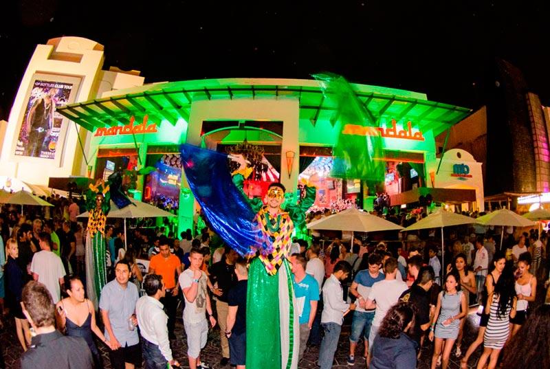 Estructura del bar y discoteca Mandala en Cancún