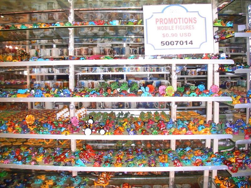 Compras en Plaza La Fiesta Mexican Outlet en Cancún