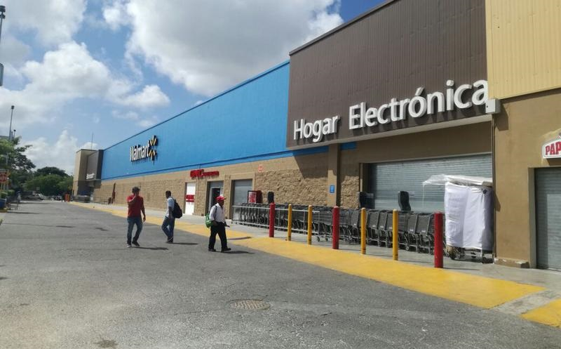 Walmart para compras en Cancún