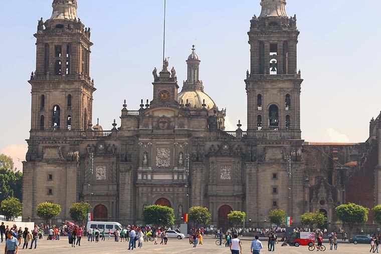 Zócalo o Plaza de La Constitución en Ciudad de México