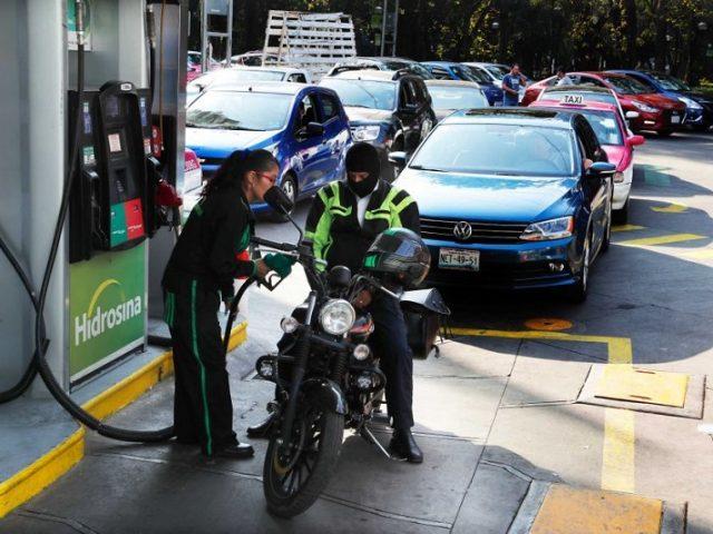 Como llenar el depósito del coche en México