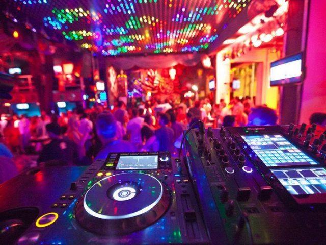 Discoteca El Squid Roe en Los Cabos