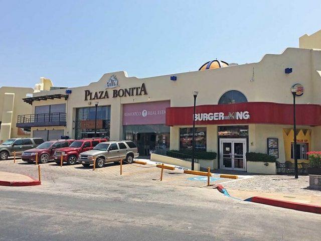 Centro Comercial Plaza Bonita en Los Cabos